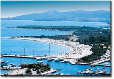 Ottiolu agrustos resort appartamenti in affitto in for Case affitto porto ottiolu sardegna